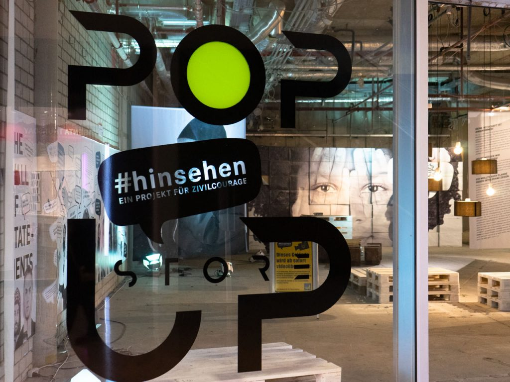 Green Pop Up Store